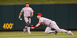 September 13, 2017 - St Louis, MO, USA - Cincinnati Reds right fielder Jesse Winker catches a fly ball by the St. Louis Cardinals' Yadier Molina to end the first inning on Wednesday, Sept. 13, 2017, at Busch Stadium in St. Louis. The Reds won, 6-0. (Credit Image: © Chris Lee/TNS via ZUMA Wire)