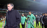 Photo: Paul Thomas.<br /> Werder Bremen v Chelsea. UEFA Champions League, Group A. 22/11/2006.<br /> <br /> Jose Mourinho, dejected chelsea manager.