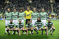 Fotball<br /> Skottland<br /> Lagbilde Celtic<br /> 17.09.2008<br /> Foto: imago/Digitalsport<br /> NORWAY ONLY<br /> <br /> Mannschaftsfoto Celtic Glasgow, hi.v.li.: Andreas Hinkel, Gary Caldwell, Shunsuke Nakamura Torwart Artur Boruc, Barry Robson, Lee Naylor - vorn: Scott McDonald, Scott Brown, Shaun Maloney, Georgios Samaras und Stephen McManus