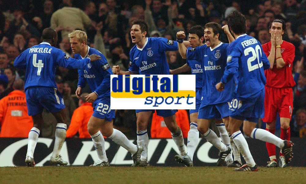 Photo. Daniel Hambury, Digitalsport<br /> Chelsea v Liverpool.<br /> <br /> Carling Cup Final.<br /> 27/02/2005<br /> Chelsea's players celebrate Liverpool's own goal as Luis Garcia shows his dissapointment.