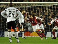 Photo: Javier Garcia/Back Page Images Mobile +447887 794393 Arsenal v Rosenborg, UEFA Champions League 07/12/04, Highbury<br />Jose Antonio Reyes celebrates his opening goal