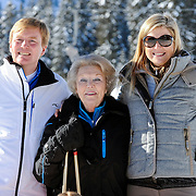 Fotosessie met de koninklijke familie in Lech /// Photoshoot with the Dutch royal family in Lech ...Op de foto / On the photo: Prinses Maxima, Prins Willem Alexander met Koningin Beatrix /////  Princess Maxima, Crown Prince Willem Alexander with Queen Beatrix