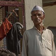 2016 10 17 Rishikesh Uttarakhand India<br /> Porträtt av en indisk man <br /> <br /> ----<br /> FOTO : JOACHIM NYWALL KOD 0708840825_1<br /> COPYRIGHT JOACHIM NYWALL<br /> <br /> ***BETALBILD***<br /> Redovisas till <br /> NYWALL MEDIA AB<br /> Strandgatan 30<br /> 461 31 Trollhättan<br /> Prislista enl BLF , om inget annat avtalas.