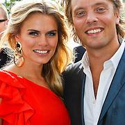 NLD/Amsterdam/20100605 - Amsterdamdiner 2010, Nicolette van Dam en partner Bas Smit