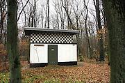 Nederland, Groesbeek, 30-11-2007Een oud vooroorlogs elektriciteitshuisje in baksteen, van de provinciale gelderse elektriciteitsmaatschappij, PGEM. Door schaalvergroting en privatisering is deze later opgegaan in de NUON.Foto: Flip Franssen/Hollandse Hoogte