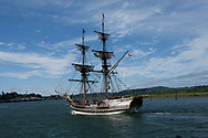 The Lady Washington in the bay