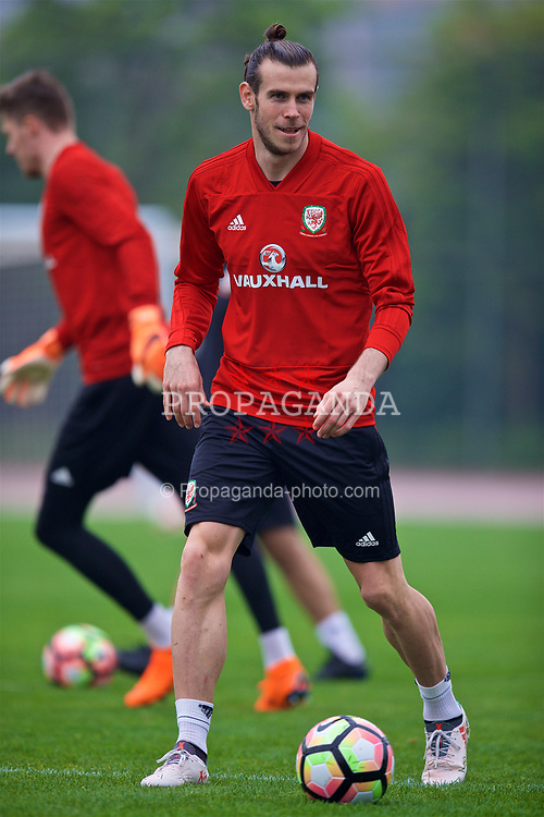 NANNING, CHINA - Saturday, March 24, 2018: Wales' Gareth Bale during a training session at the Guangxi Sports Centre ahead of the 2018 Gree China Cup International Football Championship final match against Uruguay. (Pic by David Rawcliffe/Propaganda)