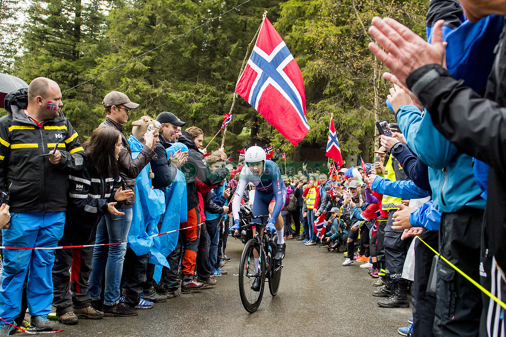 September 20, 2017 - Bergen, Norway - Chris Froome of Great Britain competes during the Men Elite Individual Time Trial. (Credit Image: © Vegard Wivestad Grott/Bildbyran via ZUMA Wire)