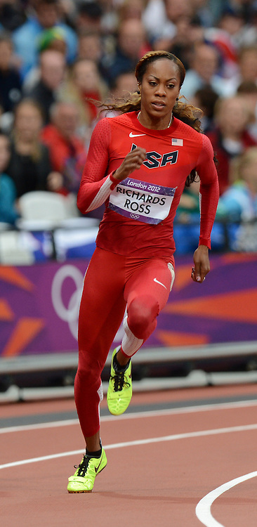 Sanya Richards-Ross competes in the women's 200m at the London Olympics 6 August 2012