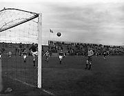 17/08/1957<br /> 08/17/1957<br /> 17 August 1957<br /> Soccer: Drumcondra v Bohemians at Dalymount Park, Dublin