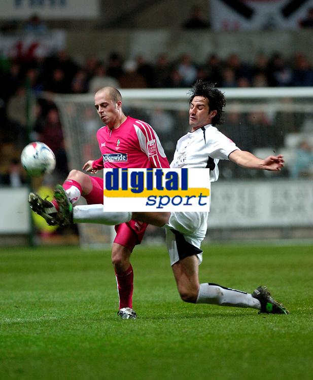 Photo: Adam Davies.<br /> Swansea City v Swindon Town. Coca Cola League 1. 11/04/2006.<br /> Swindon's Jack Smith (L) and Swansea's Rory Fallon.