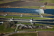 Nederland, Noord-Brabant, Gemeente Boxmeer, 07-03-2010; stuw en sluiscomplex bij Sambeek, aangelegd in het kader van de Maasverbetering.  .Lock and weir complex in Sambeek, build as part of the Meuse Improvement..luchtfoto (toeslag), aerial photo (additional fee required);.foto/photo Siebe Swart