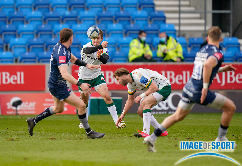 London Irish Fly-half Paddy Jackson throws a long pass during a Gallagher Premiership Round 14 Rugby Union match, Sunday, Mar 21, 2021, in Eccles, United Kingdom. (Steve Flynn/Image of Sport)