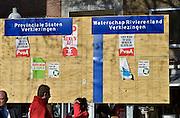 Nederland, Nijmegen, 28-2-2015 Verkiezingsbord met affiches voor de komende verkiezingen voor de provinciale staten en het waterschap. Netherlands, election board with posters for the forthcoming elections. Foto: Flip Franssen/Hollandse Hoogte