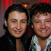 NLD/Uitgeest/20100118 - Uitreiking Geels Populariteits Awards van NH 2009, Rene Froger en zoon Danny Froger