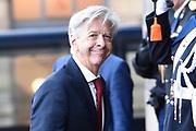 Zijne Majesteit Koning Willem-Alexander en Hare Majesteit Koningin Máxima houden de traditionele Nieuwjaarsontvangst voor Nederlandse genodigden in het Koninklijk Paleis Amsterdam met de aankomst van politici<br /> <br /> op de foto:    Ronald Plasterk
