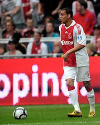 25-04-2010 VOETBAL: AJAX - FEYENOORD: AMSTERDAM<br /> De eerste wedstrijd in de bekerfinale is gewonnen door Ajax met 2-0 / Gregory van der Wiel<br /> ©2009-WWW.FOTOHOOGENDOORN.NL