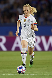 June 28, 2019 - Paris, France - Samantha Mewis (NC Courage) of United States in action during the 2019 FIFA Women's World Cup France Quarter Final match between France and USA at Parc des Princes on June 28, 2019 in Paris, France. (Credit Image: © Jose Breton/NurPhoto via ZUMA Press)