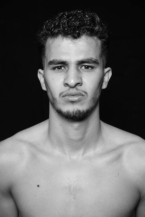 BOXEN: Studio, Portrait of a Boxer, Hamburg, 26.06.2020<br /> Younes Zarraa<br /> © Torsten Helmke