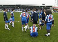 Photo: Andrew Unwin.<br />Hartlepool United v Port Vale. Coca Cola League 1. 06/05/2006.<br />A dejected Hartlepool team gather in the centre circle prior to their lap of honour.