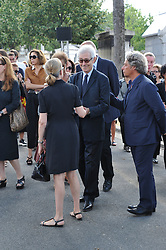 Guest attending the funeral ceremony of French designer Sonia Rykiel at the Montparnasse cemetery in Paris, France on September 1, 2016. The 86 years old pioneer of Parisian womenswear from the late 1960's onwards, has died from a Parkinson's disease-related illness. Photo by Alban Wyters/ABACAPRESS.COM