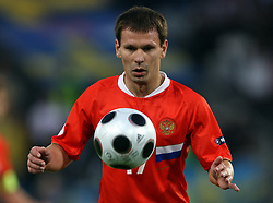 Konstantin Zyryanov of Russia (17) during the UEFA EURO 2008 Group D soccer match between Sweden and Russia at Stadion Tivoli NEU, on June 18,2008, in Innsbruck, Austria. Russia won 2:0. (Photo by Vid Ponikvar / Sportal Images)