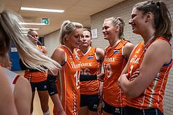 28-05-2019 NED: Volleyball Nations League Netherlands - Brazil, Apeldoorn<br /> <br /> Laura Dijkema #14 of Netherlands, Sarah van Aalen #26 of Netherlands, Nika Daalderop #19 of Netherlands, Juliët Lohuis #7 of Netherlands