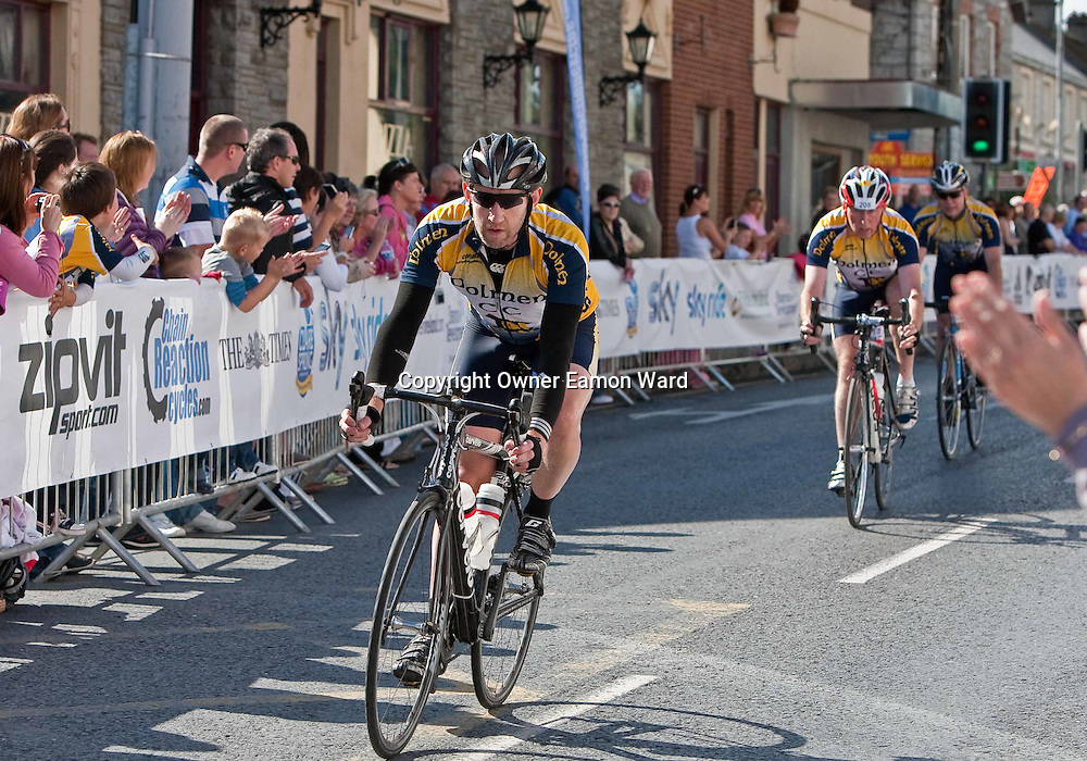 Competitors at the Etap Hibernia Sky Ride in Ennis on Sunday. Photograph by Eamon Ward