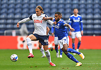 Preston North End's Brad Potts battles with Cardiff City's Leandro Bacuna<br /> <br /> Photographer Dave Howarth/CameraSport<br /> <br /> The EFL Sky Bet Championship - Preston North End v Cardiff City - Sunday 18th October 2020 - Deepdale - Preston<br /> <br /> World Copyright © 2020 CameraSport. All rights reserved. 43 Linden Ave. Countesthorpe. Leicester. England. LE8 5PG - Tel: +44 (0) 116 277 4147 - admin@camerasport.com - www.camerasport.com