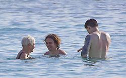 EXCLUSIVE: British Actress Dame Judi Dench spotted on the beach in Barbados. 31 Jan 2020 Pictured: Dame Judi Dench. Photo credit: CHARLES PITT/246PAPS/MEGA TheMegaAgency.com +1 888 505 6342