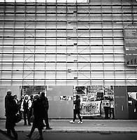 Freiheit für Andersdenkende.<br /> <br /> Berlin street photography 2010. Berlin gatefoto 2010.<br /> Foto: Svein Ove Ekornesvåg
