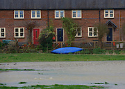 © Licensed to London News Pictures. 22/11/2012. Oxfordshire, UK Flood water in front of houses in Somerton. Flooding in Oxfordshire today 22 November 2012. Heavy rain across large parts of the South West of the country has caused widespread flooding. Photo credit : Stephen Simpson/LNP