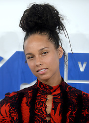 Alicia Keys arriving at the MTV Video Music Awards at Madison Square Garden in New York City, NY, USA, on August 28, 2016. Photo by ABACAPRESS.COM    560634_042 New York City Etats-Unis United States