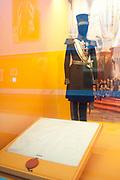 Ingehuldigd! De Oranjes en De Nieuwe Kerk. In de Nieuwe Kerk Amsterdam is een eenmalige tentoonstelling over de koninklijke inhuldigingen. Precies honderd dagen lang staan in de kerk de feestelijke en plechtige inhuldigingen van zeven generaties Oranjes centraal. Van de koningen Willem I, II en III, de koninginnen Wilhelmina, Juliana en Beatrix tot en met koning Willem-Alexander.<br /> <br /> Inaugurated! The Orange and New Church. In the New Church Amsterdam is a one-time exhibition on the royal investitures. Exactly one hundred days in the Church the festive and solemn inaugurations of seven generations of Orange Central. The kings William I, II and III, the queens Wilhelmina, Juliana and Beatrix to King Willem-Alexander.<br /> <br /> Op de foto / On the photo:  Inhuldiging Kostuum van Willem II (1840) / Inauguration Suit Willem II (1840)