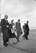 General Dwight D. Eisenhower and his wife arrive in Dublin. Mr. and Mrs. Eisenhower spent a few days in Ireland as part of a European tour.. 21.08.1962