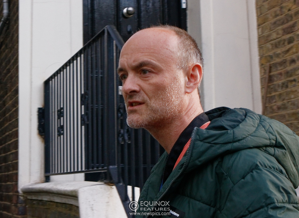 """London, United Kingdom - 24 May 2020<br /> Dominic Cummings arriving home. The scenes unfolding today at Dominic Cummings home in North London. Boris Johnsons political advisor spent the day in discussions with the Prime Minister after accusations of breaking the Corona virus lockdown. Neighbours and passers-by protested and shouted """"hypocrite"""", """"resign"""" and """"shame on you"""" when he returned to his house. London, England, UK.<br /> **VIDEO AVAILABLE**<br /> (photo by: HAUSARTS / EQUINOXFEATURES.COM)<br /> Picture Data:<br /> Photographer: Hausarts / Equinox Features<br /> Copyright: ©2020 Equinox Licensing Ltd. +443700 780000<br /> Contact: Equinox Features<br /> Date Taken: 20200524<br /> Time Taken: 17400191<br /> www.newspics.com"""