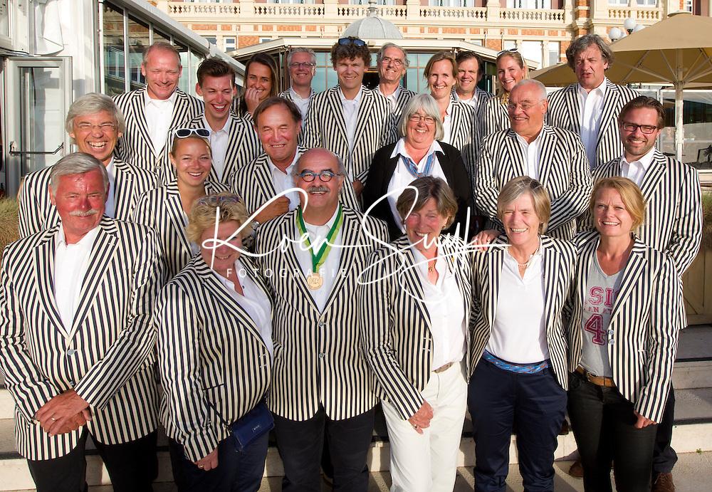 SCHEVENINGEN  (Den Haag) - FIH bijeenkomst in het Kurhaus. . De Organisatie van de World Cup Hockey 2014. Midden Johan Wakkie.   COPYRIGHT KOEN SUYK