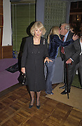 Camilla Parker Bowles, Tom Parker Bowles, Susan Hill and Matthew Rice host party to launch 'E is For Eating' Kensington Place. 3 November 2004.  ONE TIME USE ONLY - DO NOT ARCHIVE  © Copyright Photograph by Dafydd Jones 66 Stockwell Park Rd. London SW9 0DA Tel 020 7733 0108 www.dafjones.com