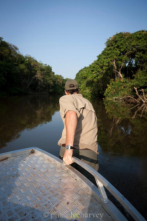 Man Pulling boat, Lekoli River.