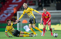 AC Horsens-spillerne Hallur Hansson og Peter Therkildsen tackler hinanden og mister bolden under kampen i 3F Superligaen mellem FC Nordsjælland og AC Horsens den 19. februar 2020 i Right to Dream Park, Farum (Foto: Claus Birch).