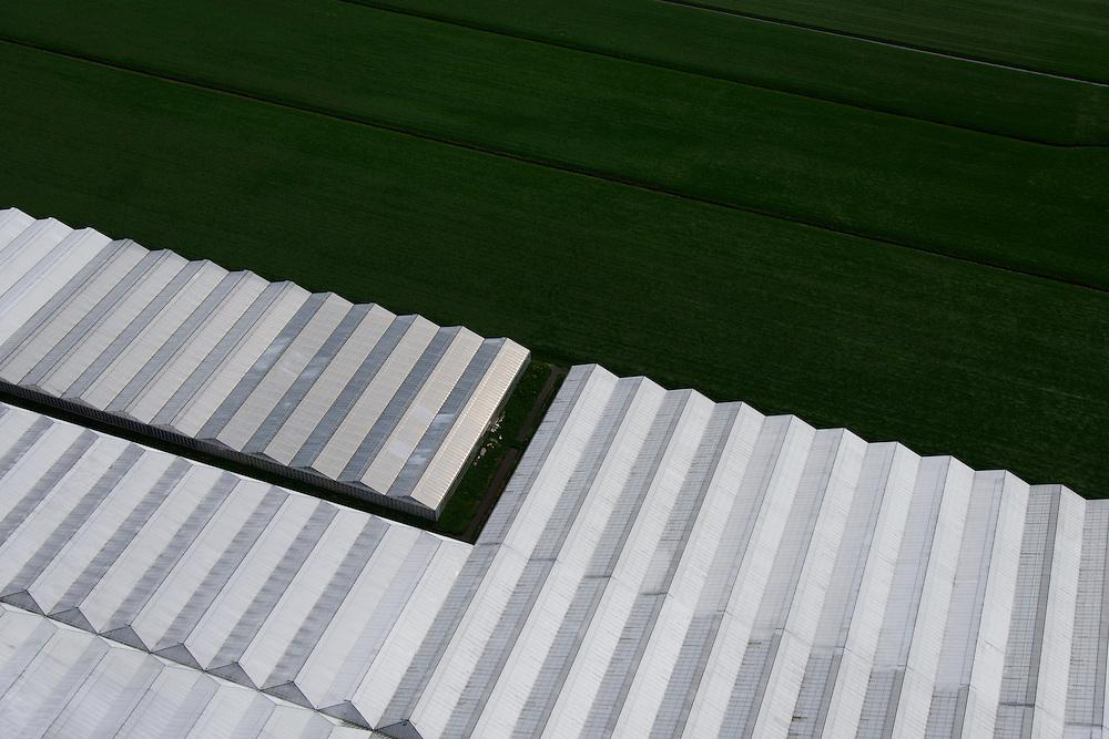 Nederland, Zuid-Holland, Gemeente  Kaag en Braassem, 09-04-2014; Woubrugge, kassen en weiland in het Groene Hart.<br /> Greenhouses and fields in the Green Heart (West-Holland).<br /> luchtfoto (toeslag op standaard tarieven);<br /> aerial photo (additional fee required);<br /> copyright foto/photo Siebe Swart.