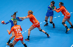 Ana Abina of Slovenia, Danick Snelder of Netherlands, Kelly Dulfer of Netherlands in action during the Women's friendly match between Netherlands and Slovenia at De Maaspoort on march 19, 2021 in Den Bosch, Netherlands (Photo by RHF Agency/Ronald Hoogendoorn)