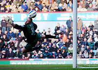 Photo: Daniel Hambury.<br />West Ham United v Portsmouth. The Barclays Premiership. 18/03/2006.<br />Portsmouth's Dean Kiely can only watch as a shot from West Ham's Yossi Benayoun beats him.