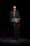 Bart Chabot tijdens uitreiking van de Prins Bernhard Cultuurfonds Prijs 2011 aan Anton Corbijn.<br /> <br /> Bart Chabot during presentation of the Prince Bernhard Culture Prize 2011 to Anton Corbijn