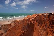 Morro Branco_CE, Brasil...Praia e falesias de Morro Branco, no Ceara...Beach and cliffs of Morro Branco, Ceara...Foto: BRUNO MAGALHAES / NITRO