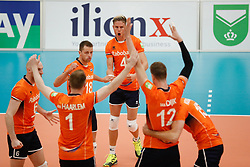 20170525 NED: 2018 FIVB Volleyball World Championship qualification, Koog aan de Zaan<br />Robbert Andringa (18), Thijs Ter Horst (4) of The Netherlands <br />©2017-FotoHoogendoorn.nl / Pim Waslander