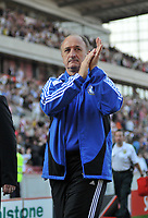 Photo: Tony Oudot/Richard Lane Photography. Stoke City v Chelsea. Barclays Premier League. 27/09/2008. <br /> Chelsea manager Phil Scolari applauds the fans at the end of the match
