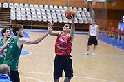 Chamutov 17 Agosto 2012 - qualificazioni Eurobasket 2013 - Allenamento<br /> Nella Foto : ANDREA CINCIARINI<br /> Foto Ciamillo/Castoria
