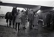 Irish Equestrian Team depart airport for Badminton Horse Trials 17-4-1966,