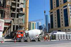 22.01.2015, Doha, QAT, FIFA WM, Katar 2022, Vorberichte, im Bild Bauarbeiter auf einer Baustelle in Doha // Preview of the FIFA World Cup 2022 in Doha, Qatar on 2015/01/22. EXPA Pictures © 2015, PhotoCredit: EXPA/ Sebastian Pucher